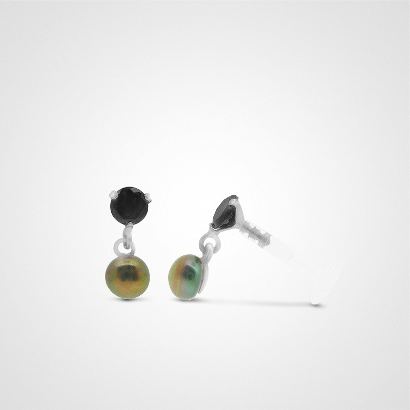 18 carats white gold natural pearl cartilage piercing (helix).