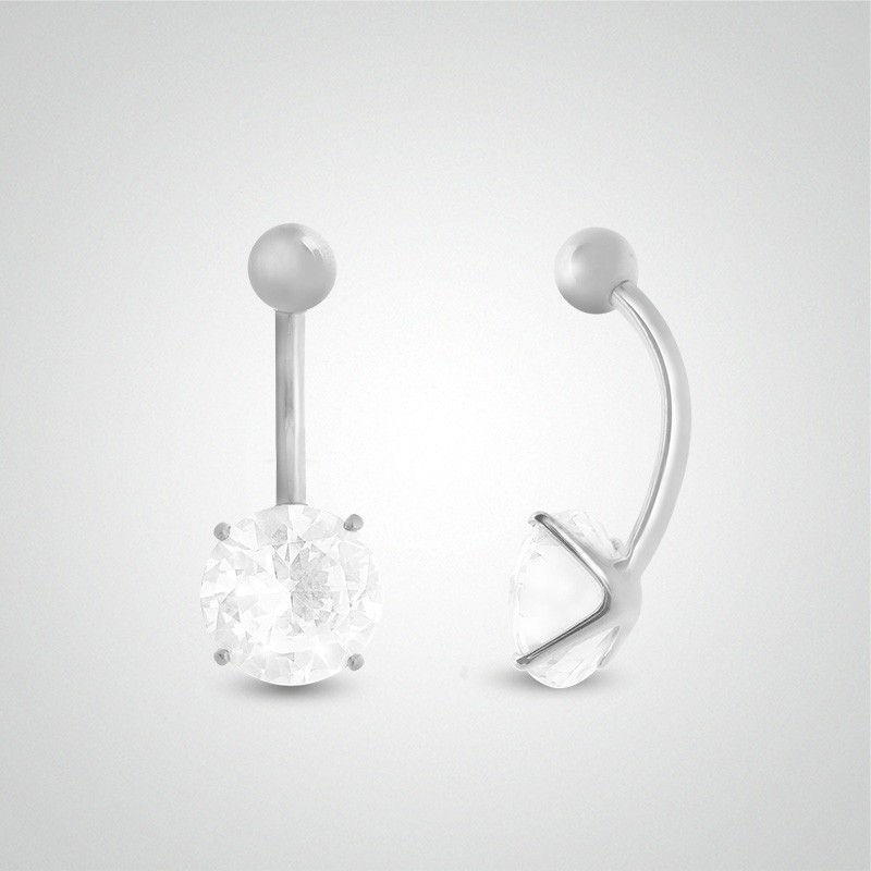 18 carats white gold belly button piercing with round jewel 8mm (5/16in).